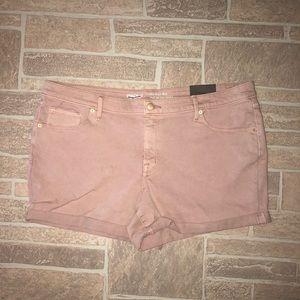 Mossimo Shorts size 18 mid rise shorts